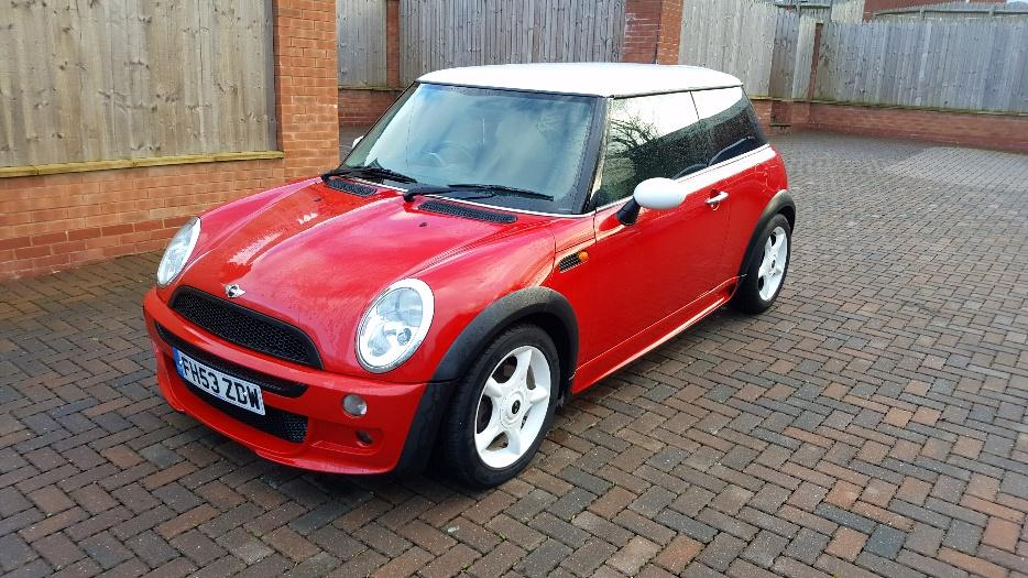 bmw mini 1 6 cooper special edition mint as new aero body kit brierley hill sandwell. Black Bedroom Furniture Sets. Home Design Ideas