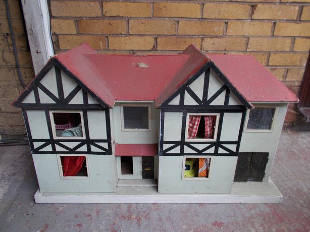 1960's dolls house