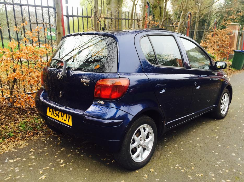 2004 54 toyota yaris t spirit 1 4 d4d 5 door 30 year tax smethwick dudley mobile. Black Bedroom Furniture Sets. Home Design Ideas