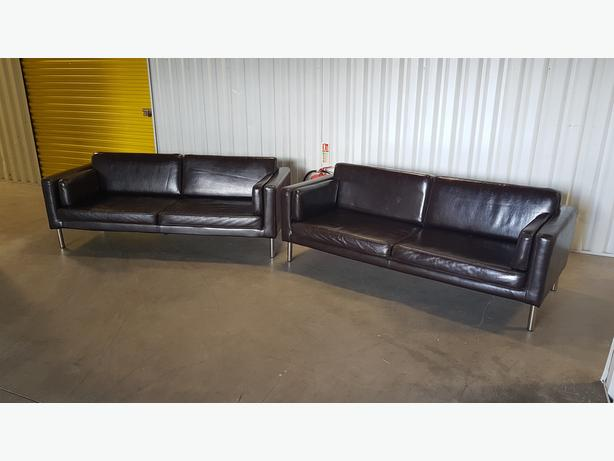 3 + 3 leather look modern sofas set in very good condition // free delivery