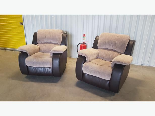 2 recline chairs set in very good condition // free delivery