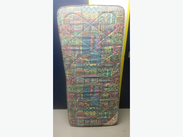 Mattress in very good condition // free delivery
