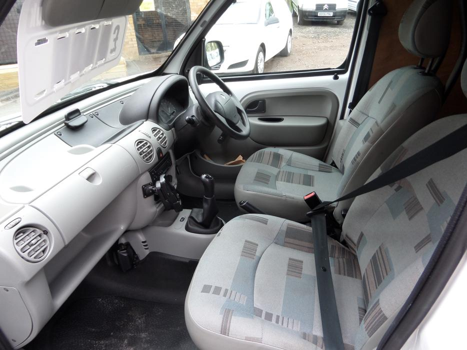 2006 renault kangoo sl17 dci 70 1 5 diesel aldridge dudley. Black Bedroom Furniture Sets. Home Design Ideas