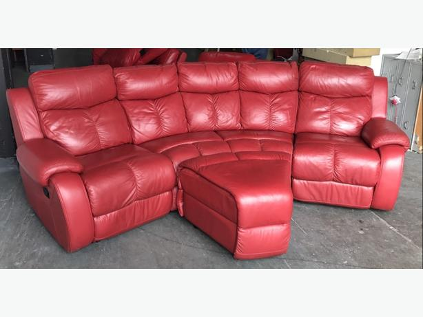 RRP £2000 DFS Daytona Thick Red Leather Recliner Curved ...