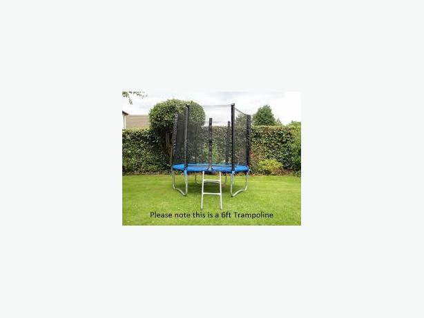 10 Foot Trampoline (Brand New) with Safety Net