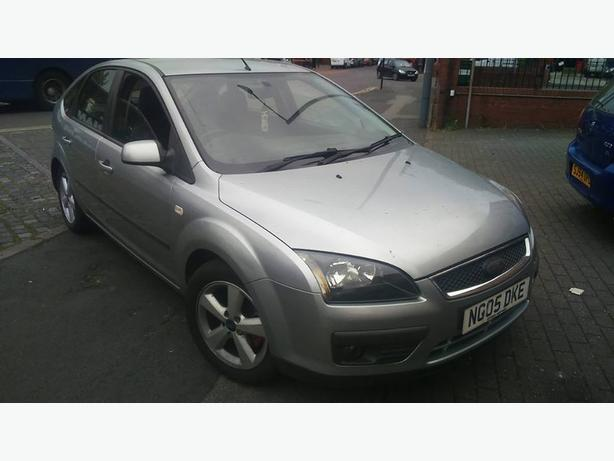 2005 FORD FOCUS, 1.6ltr PETROL, 5dr, MANUAL WITH 6mths MOT.