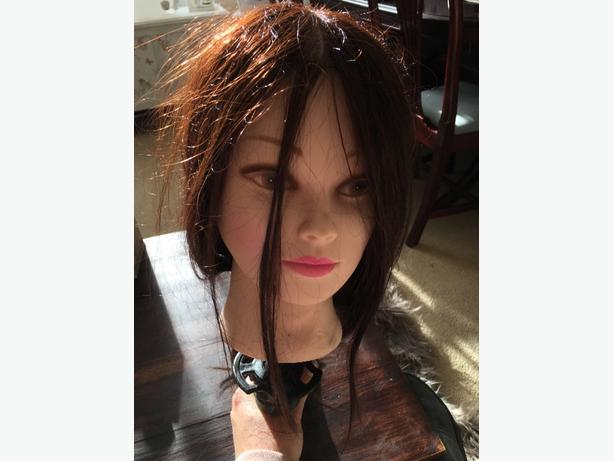 Hairdressers Mannequin - *excellent condition*