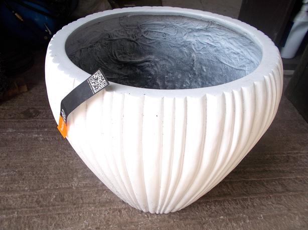 White Decorative Flower Pot 36 x 37cm