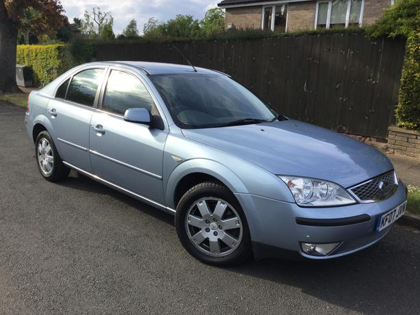 Ford Mondeo 1.8i Zetec hatch with FULL MOT !