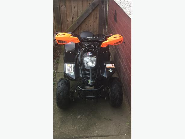Atv 110-1 2014 kids quad fully auto.‭‭+44 7446 540192‬‬