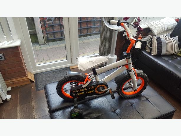 12 inch childrens strike bike