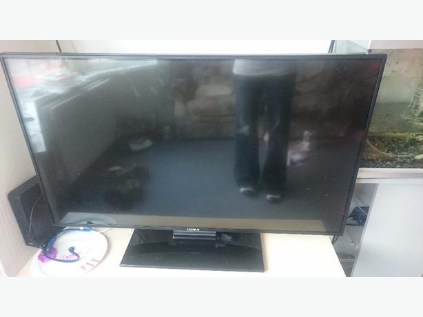 42 inch smart hd tv with freeview