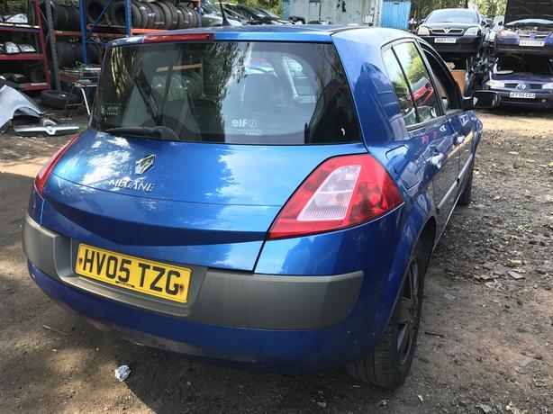 2005 Renault Megane 1.6 Petrol 5dr Breaking For Spares