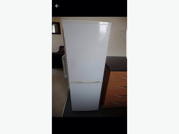 Fridge freezer in brand new condition