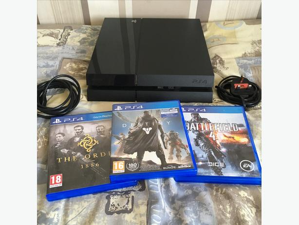 PS4, 500GB With 3 Games, NO CONTROLLER, Fully Working