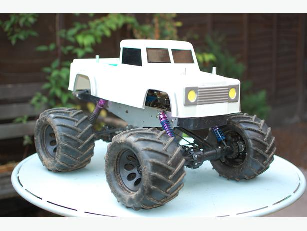 Kyosho madforce brushless conversion landrover bodyshell