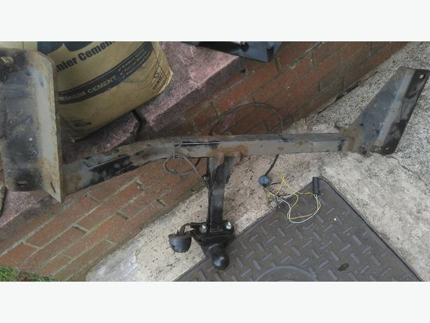 vauxhall astra est or van tow bar