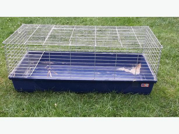 Extra large indoor rabbit hutch