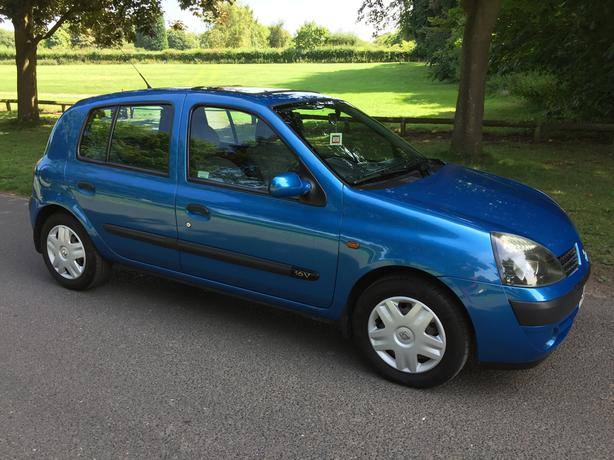 RENAULT CLIO 1.2 EXPRESSION 16V *PART EXCHANGE AVAILABLE** ONE YEARS MOT