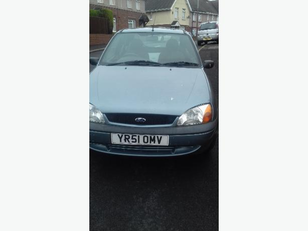 Ford fiesta low miles very clan  mot