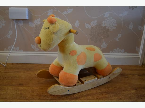 Giraffe rocker for toddler