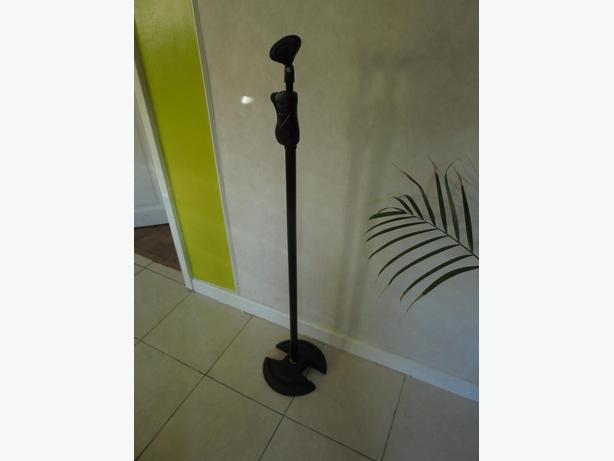 hercules ez grip microphone stand