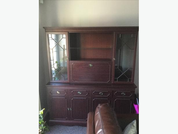 Large Display Wall Unit