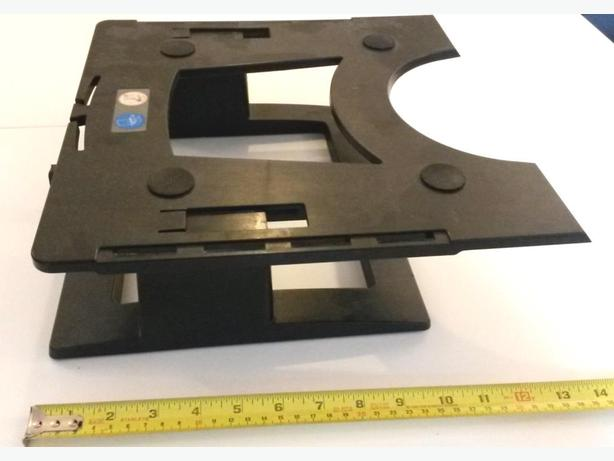 FREE: Monitor stand