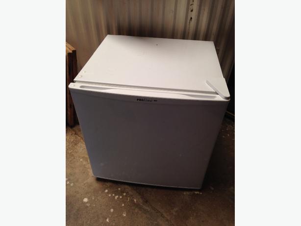 count top fridge freezer