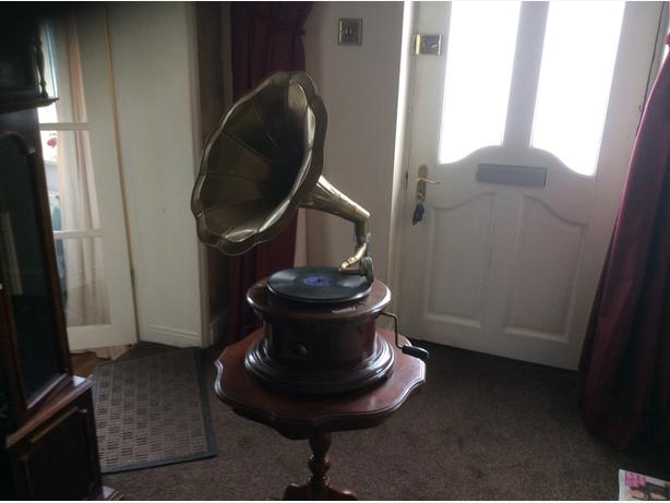Old type  gramophone