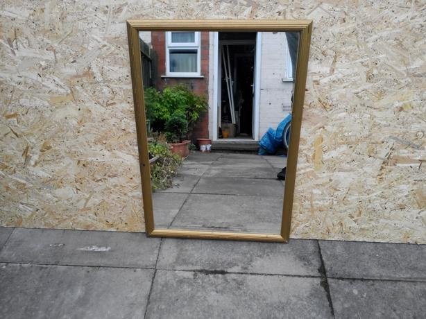 GOLD WOOD FRAMED MIRROR