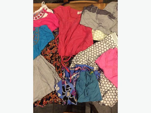 Women's size 10 clothing bundle -18 items