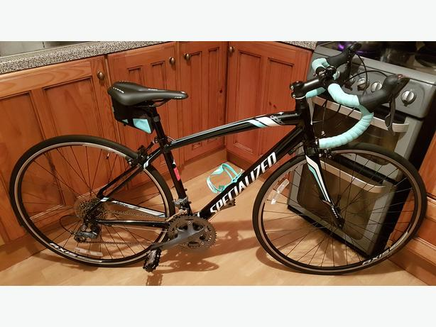 Specialized Dolce X3 EQ Women's Road Bike with carbon fork 51cm