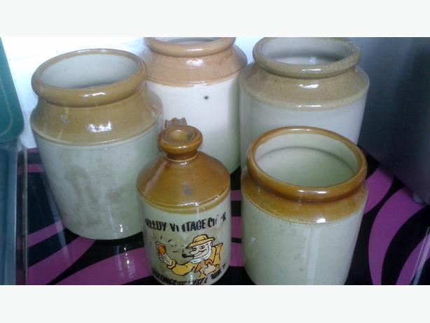4 stoneware jars 1 stone cider jug
