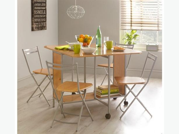 Extendable butterfly dining table and 4 or 6 foldable chairs