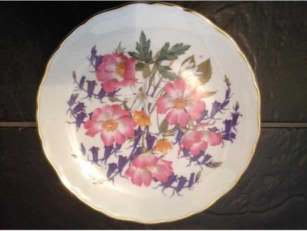 6 limited edition royal albert wild flowers plates