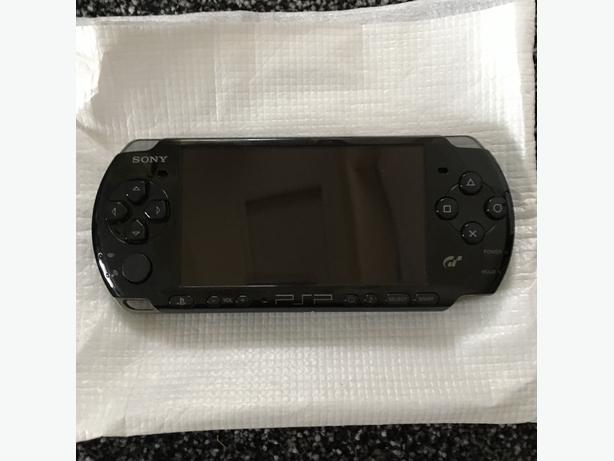 PSP SLIM 3000, WITH ORIGINAL BOX, near mint condition