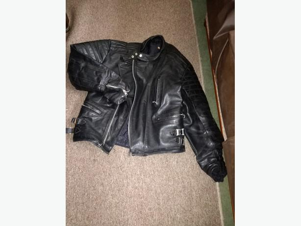 LEATHER MOTORCYCLE JACKET XL (46?)