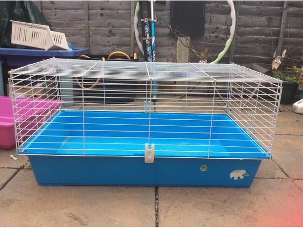 Medium animal cage