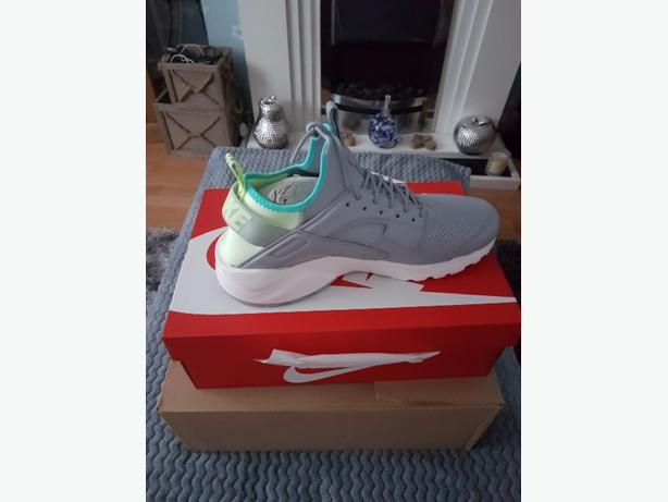 brand new grey hurache trainers size 11