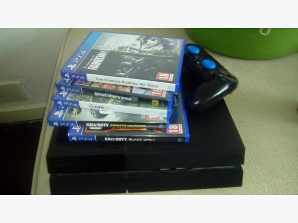 Ps4 with 8 games swap xbox one