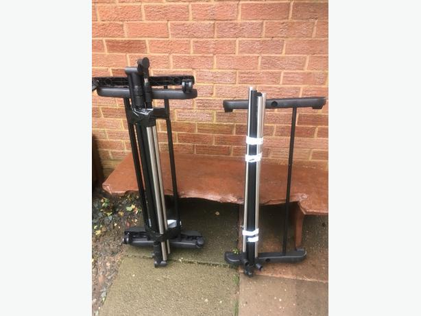 2 Clothes Rails £5