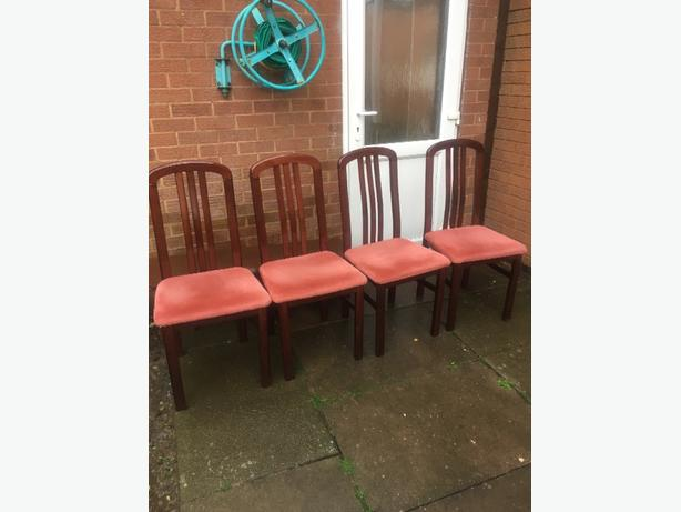 4 Dinning Chairs £5
