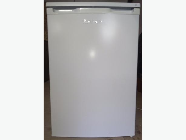 LEC R5511W under counter fridge freezer for sale