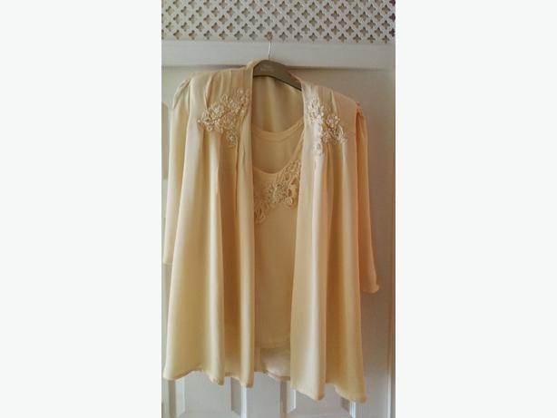 yellow Ann Balon three piece suite