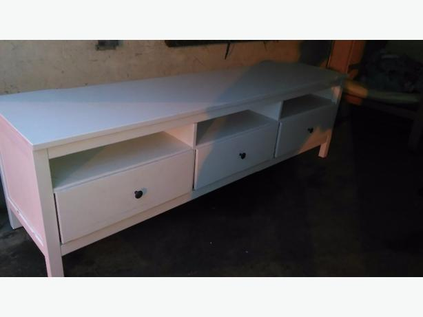 Ikea TV Unit with storage space - Delivery -
