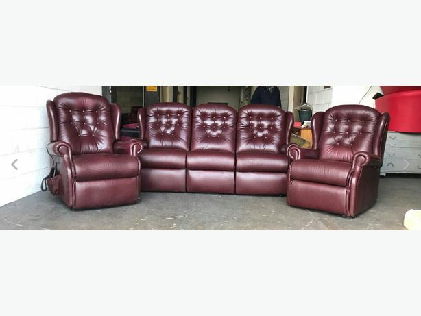 Chesterfield leather rise / recline sofa set WE DELIVER