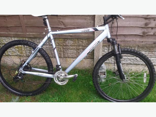 mountain bike 26 inch wheels stealth