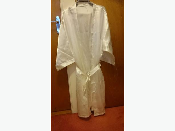 avon one size dragonflie silk dressing gown with tie