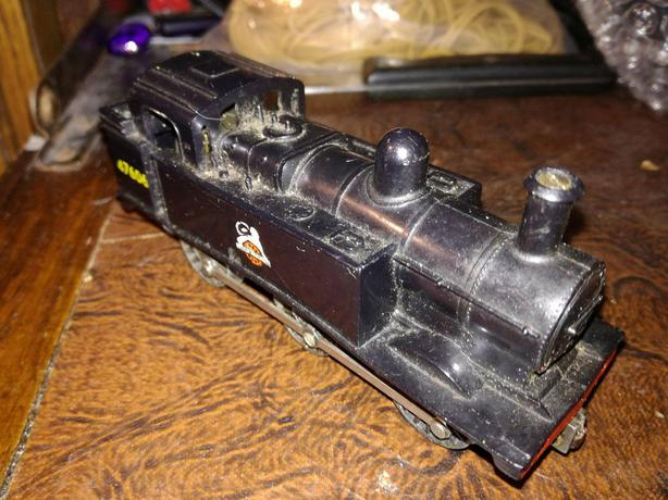 Triang Hornby 'Jinty' R52 OO Gauge Locomotive